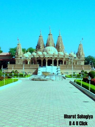 Shri Swaminarayan Mandir Sankri